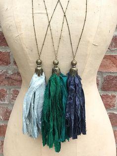 Collar borla seda de sari