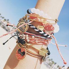 lots of bracelets <3