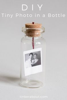 Diy Gift Crafts - DIY Tiny Photo / Message in a Bottle as .- Diy Gift Crafts – DIY Tiny Photo / Message in a Bottle as Valentine's Day Gift Idea Bday Gifts For Him, Surprise Gifts For Him, Thoughtful Gifts For Him, Romantic Gifts For Him, Diy Gifts For Men, Diy Gifts For Boyfriend, Anniversary Gifts For Him, Surprise Ideas, Anniversary Message