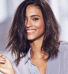 Coupe de cheveux mi-longs : un dégradé naturel