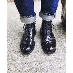 y_n08 今日の足元久しぶりにデニムとオールデンスタイル❗️ #alden #aldenshoes #levis #levis501 #levisvintage #footwear #ootd #outfit #madeinusa #mensfashion #mensstyle #menswear #instafashion #instablogger #instapic #instacool #fashion #fashionista #fashionblogger #今日の足元 #今日の靴 #足元くら部 #足元 #オールデン #デニム #リーバイス #501xx #お洒落 #おしゃれ 2016/11/27 15:05:15