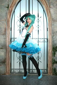 That's a really really good Miku Cosplay.