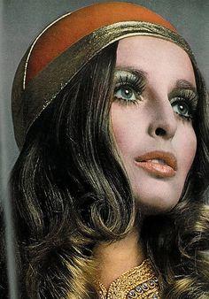 pinterest.com/fra411 #60's  Samantha Jones for Vogue, 1968. Photo by Richard Avedon.