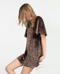 Awesome Amazing Zara Size Medium Boho Multicolor Floral Print Bell Sleeve Velvet Sheath Dress 2018 Check more at http://24shopping.gq/fashion/amazing-zara-size-medium-boho-multicolor-floral-print-bell-sleeve-velvet-sheath-dress-2018/