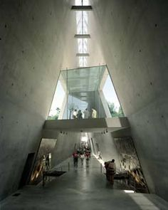 Moshe Safdie is the architect of the Holocaust History Museum Yad Vashem which is located on the western slope of Mount Herzl on the Mount of Remembrance in Jerusalem, 804 meters (2,638 ft) above sea level and adjacent to the Jerusalem Forest. (V)