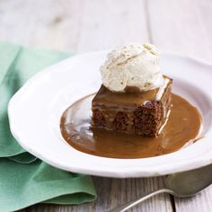 You won't be able to resist our ultimate sticky toffee pudding recipe! For more pudding recipes visi Sticky Toffee Pudding Cake, Toffee Cake, British Desserts, Mary Berry, Pudding Desserts, Pudding Recipes, Pudding Ideas, English Dessert Recipes, Fudge