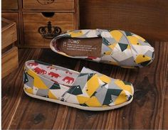 One For One, Toms Shoes Grey Yellow Green Canvas Womens Vegan Classics$24.79