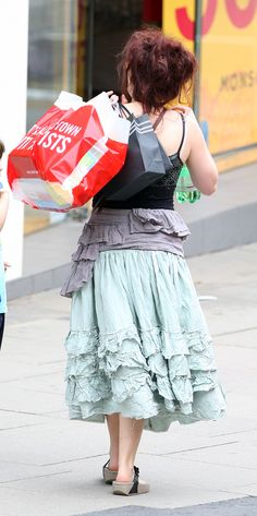 Helena-Bonham-Carter-...love this woman's style!