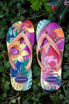 f22a48fc993247 havaianas flor de feira - Farm Rio Farm Rio