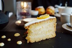 Lemon-Lovers Delight! Limoncello Cake With Mascarpone Frosting