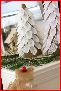 Earn some extra money for the holiday season with these creative Christmas crafts to make and sell. There are ideas for ornaments, wall art, wreaths & more #Christmas #Crafts #Make #Sell #and christmas crafts for gifts for adults 75 Christmas Crafts to Make and Sell 37+ Christmas Crafts For Gifts For Adults 2020