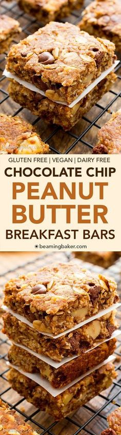 Peanut Butter Chocolate Chip Oatmeal Breakfast Bars (V+GF): a simple recipe for deliciously textured oatmeal breakfast bars bursting with peanut butter and chocolate. Use oat flour to keep this health (Vegan Oatmeal Clean Eating) Gluten Free Baking, Gluten Free Desserts, Dairy Free Recipes, Dessert Recipes, Dessert Bars, Dinner Recipes, Paleo Dessert, Cocktail Recipes, Snack Recipes
