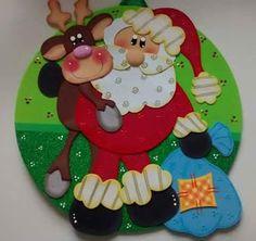 Reno y Papa Noel con Bolsa