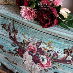 Chalk Paint Tutorial, Rocking Chair Porch, Rub On Transfers, Dixie Belle Paint, Cow Skull, Diy Home Decor Projects, Hand Painting Art, Beautiful Space, Wood And Metal