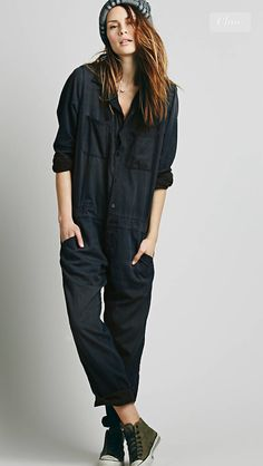 Pin by Alex K Adamson on Get dressed in 2019 Mechanic jumpsuit woman within jumpsuits - Woman Jumpsuits Mechanic Jumpsuit, Style Bleu, Style Marocain, Looks Style, My Style, Boiler Suit, Black Smoke, Playsuits, Fashion Outfits