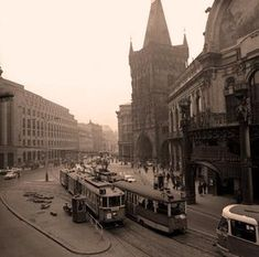 Old Pictures, Old Photos, Prague Photos, Abandoned Places, Czech Republic, Time Travel, Techno, Louvre, Street View