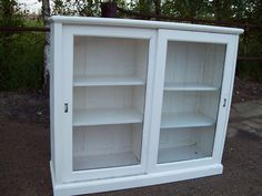 Large Vintage Painted Shabby Chic Glazed Cupboard / Bookcase in Farrow and Ball