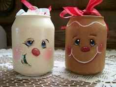 Items similar to Flakey and Ginger Ornament Set on Etsy Gingerbread Crafts, Gingerbread Decorations, Snowman Crafts, Christmas Gingerbread, Noel Christmas, Jar Crafts, Christmas Projects, Holiday Crafts, Christmas Ornaments