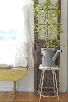 Fall Home Tour  Vintage Country Farmhouse  Buckets of Burlap Blog Becky Cunningham Home