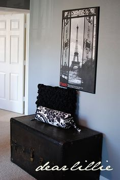love this grey blue wall color. want it in my bedroom!!