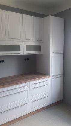 Kitchen Furniture, Furniture Design, Corner Kitchen Pantry, Home Room Design, Apartment Kitchen, House Rooms, Kitchen Ideas, Kitchen Cabinets, Bathroom