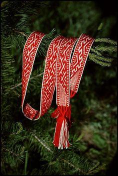 Hand Woven Slavic Belt by WonderfulSun on deviantART