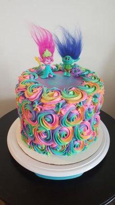Trolls rainbow rosette birthday cake by aline Bday Girl, Birthday Cake Girls, 4th Birthday Parties, Birthday Fun, Trolls Birthday Party Ideas Cake, Birthday Ideas, Fruit Birthday, Disney Birthday, Mother Birthday