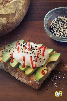 Take your avocado toast to the next level with sriracha and sesame seeds. Heart Healthy Recipes, Poached Eggs, Avocado Toast, Main Dishes, Seeds, Vegetarian, Breakfast, Food, Main Course Dishes