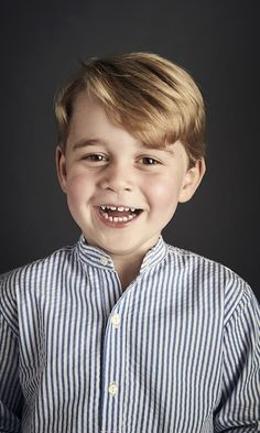 Adorable Prince George is all smiles in his fourth birthday portrait. Taken in June 2017 by Chris Jackson and released for Prince George's 4th birthday on July 22 2017