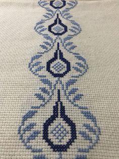Palestinian Embroidery, Cross Stitch Borders, Bargello, Kids Rugs, Photo And Video, Pattern, Handmade, Instagram, Cross Stitch Rose