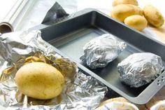Pourquoi vous devez arrêter de cuire vos aliments dans l'aluminium