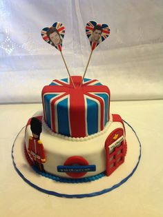 English cake  www.mycakedecorating.com London Party, London Cake, St Georges Day Cakes, England Cake, Farewell Cake, British Wedding, Deli Food, Recipes From Heaven, Cupcake Cakes
