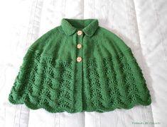 Mañanitas de Punto - Tramas de Colores Crochet Poncho, Knitted Shawls, Poncho Design, Knitting Patterns, Crochet Patterns, Cowl Scarf, Crochet Videos, Knitting Projects, Baby Knitting