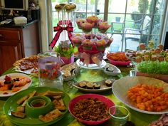 TEEN PARTY IDEAS - Pink and Lime Green Combination