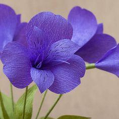 New Origami Pattern Irises Ideas Crepe Paper Flowers Tutorial, Crepe Paper Roses, Tissue Paper Flowers, Cloth Flowers, Fake Flowers, Diy Flowers, Fabric Flowers, Paper Flower Art, Flower Crafts