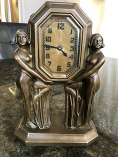 Lux Vintage Mantle Clock  Sexy Women Figurine Bronze Like Material Art Deco