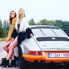 Classic Car News Pics And Videos From Around The World Porsche Sports Car, Porsche Models, Porsche Cars, Custom Porsche, Porsche Classic, Classic Cars, 911 Turbo S, Porsche 911 Targa, Grid Girls