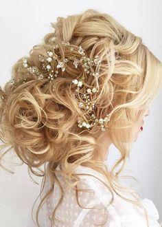 Half-updo, Braids, Chongos Updo Wedding Hairstyles / http://www.deerpearlflowers.com/wedding-hair-updos-for-elegant-brides/3/