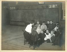 Kindergarten, St. Louis, 1905