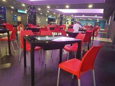 csopamedia: A látogatók kényelméért... - új székek a Csopa eme...