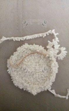 Kolay Amigurumi Kuzu Tarifi 7 Crochet Toys, Free Crochet, Crochet Stitches, Crochet Patterns, Baby Cardigan, Cross Stitch, Knitting, Baby Crib, Elephant