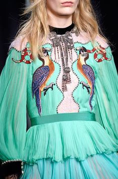 Gucci, Fall 2016 - The Most Beautiful Runway Details of Fall 2016 - Photos
