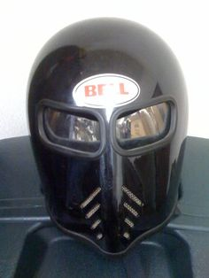This has got to be the coolest looking helmet ever.  My quest to find one begins.....