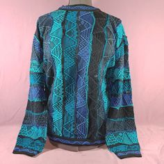 Mens Vintage COOGI Sweater Blue Black Size XL Hipster Sweater is in good preowned condition, has one hole and a snag on the front - see pictures for details and measurements. Hipster Outfits, Hipster Fashion, Urban Fashion, Mens Fashion, Hipster Clothing, Vintage Clothing, Cheap Fashion, Fashion Boots, Fashion Vest