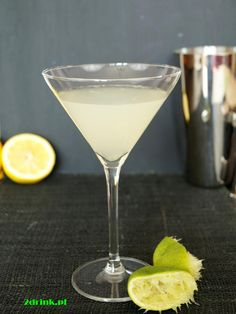 Daiquiri Daiquiri, Martini, Rum, Alcoholic Drinks, Food And Drink, Tableware, Alcoholic Beverages, Dinnerware, Dishes