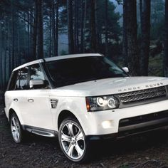 Yup, this will be mine one day!   White Range Rover Supercharged