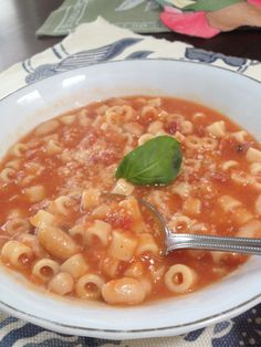 Pasta and beans - an Italian soupy pasta made with cannellini beans and ditalini pasta