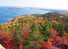 7 Must-See Fall Color Views