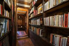 there's nothing quite like a library👓...#rentme #chamonix #chalet #ski #winter #books #dreamskihome