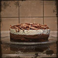 Trojitý čokoládovo-pěnový dort / Triple Chocolate Mousse Cake - Meg v kuchyni Triple Chocolate Mousse Cake, Tiramisu, Ethnic Recipes, Food, Essen, Meals, Tiramisu Cake, Yemek, Eten